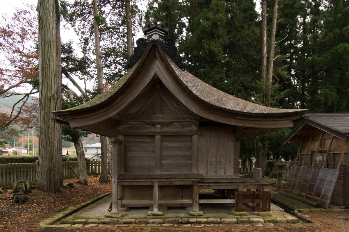 荒城神社正殿