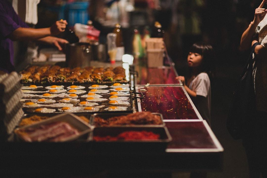 什么是当地美食?