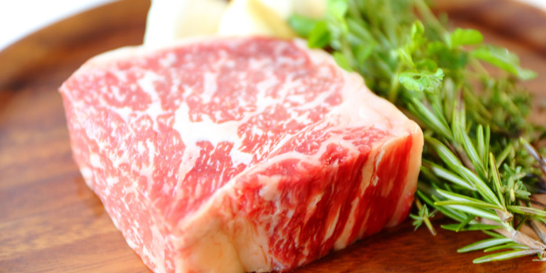 "Wholesome ""Akage Wagyu,"" cultivated by the grand nature of the wild north"