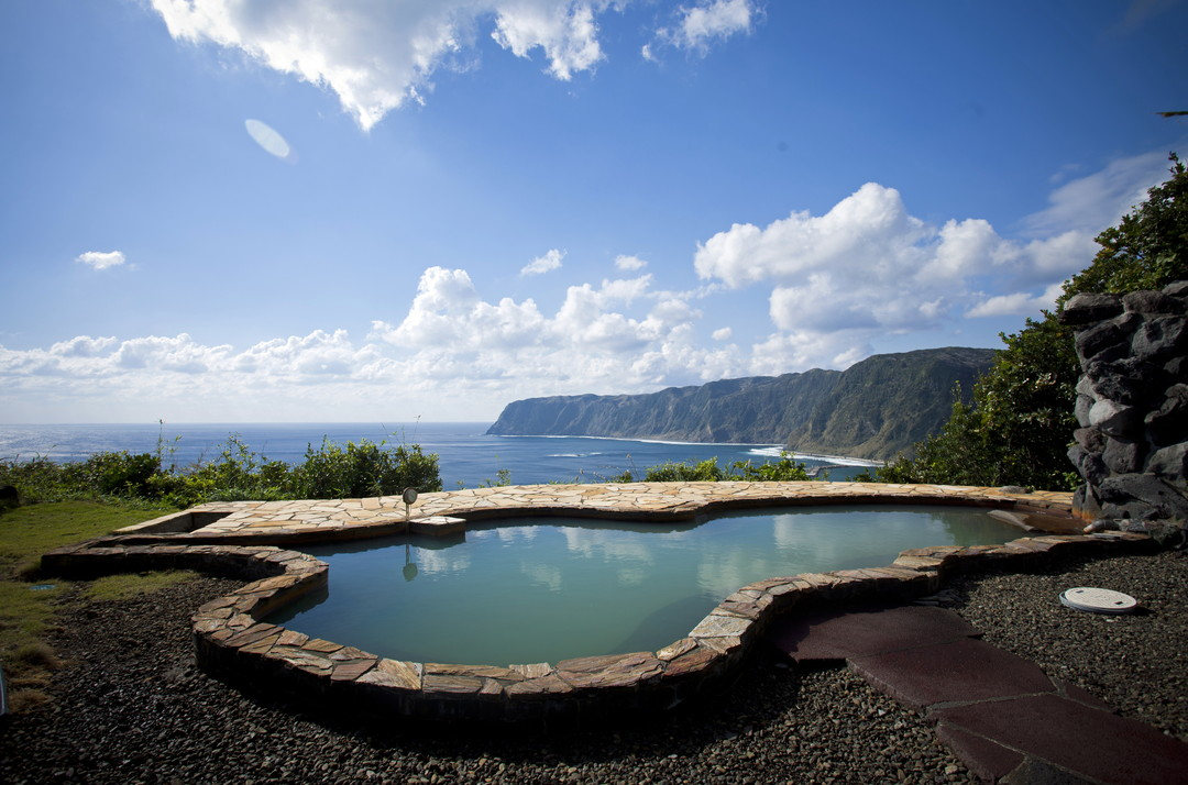 Relaxing hot springs with an ocean view