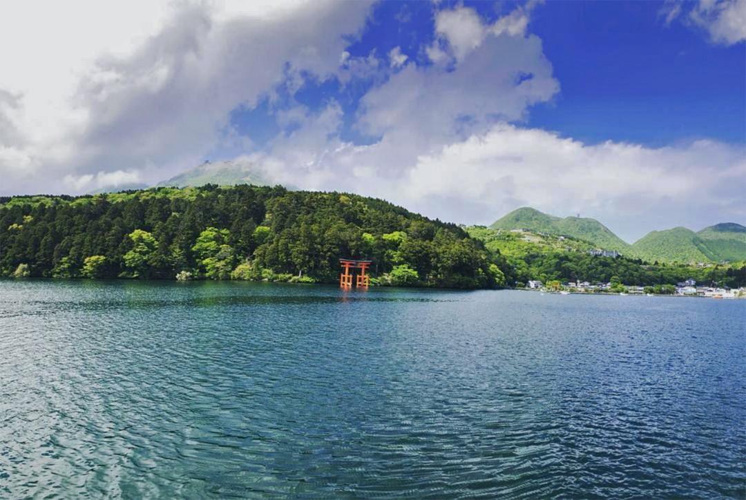 Hakone Shrine – Neon Genesis Evangelion