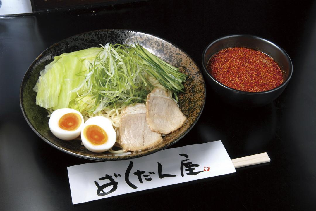 히로시마 풍 쓰케멘 (진한 수프에 찍어서 먹는 면)