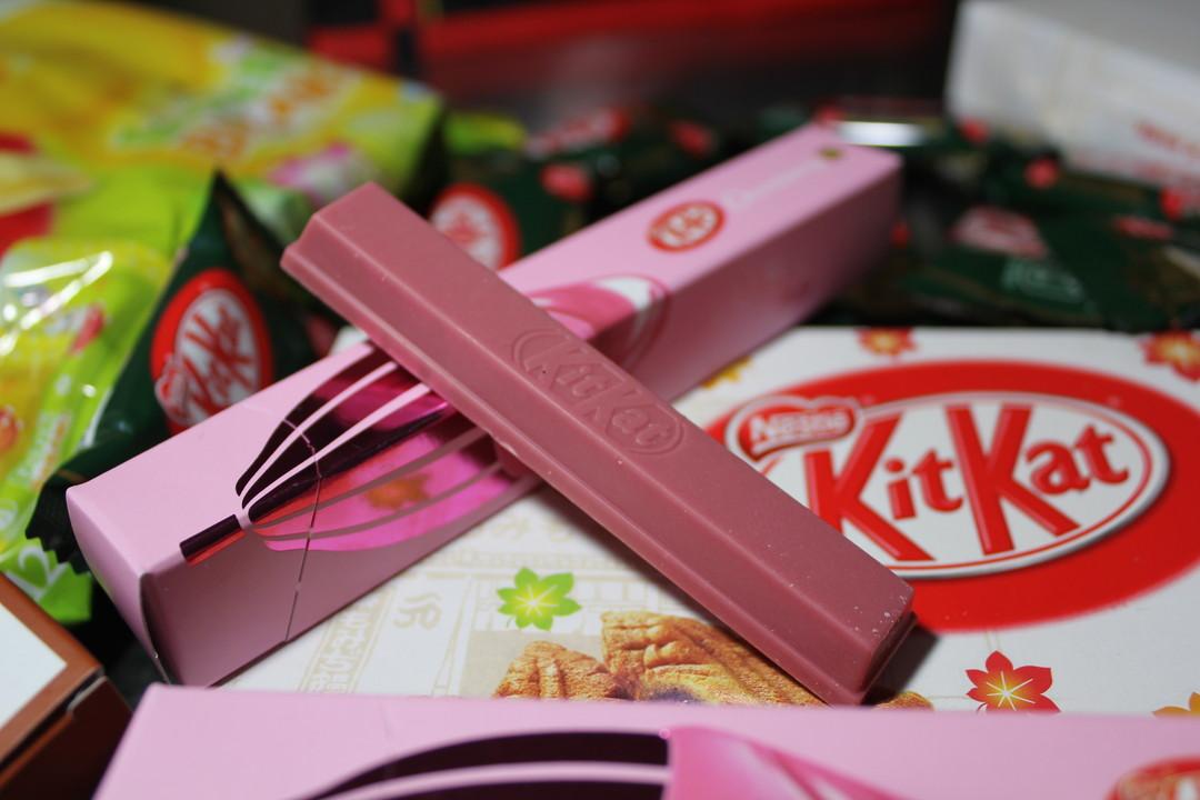 '서브라임 루비' 킷캣 그리고 다른 특이한 맛들