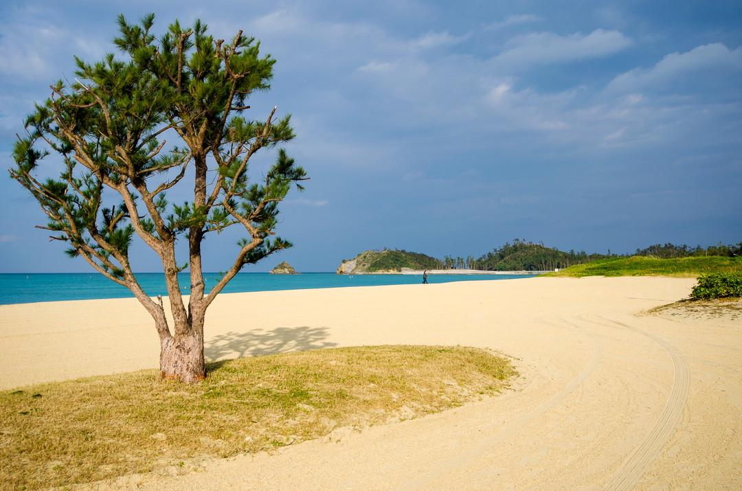 恩納海灘度假勝地(沖繩)
