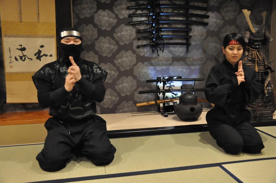 首先是聽課,先學習忍者的相關知識吧!