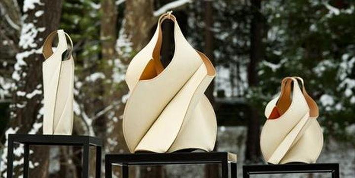 """利用北海道独有的皮革和手工制作技术制成的""""日本鹿皮""""包的美丽之处"""