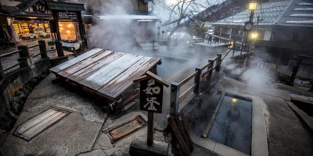 参观一个例如野泽温泉的传统村庄的5个理由
