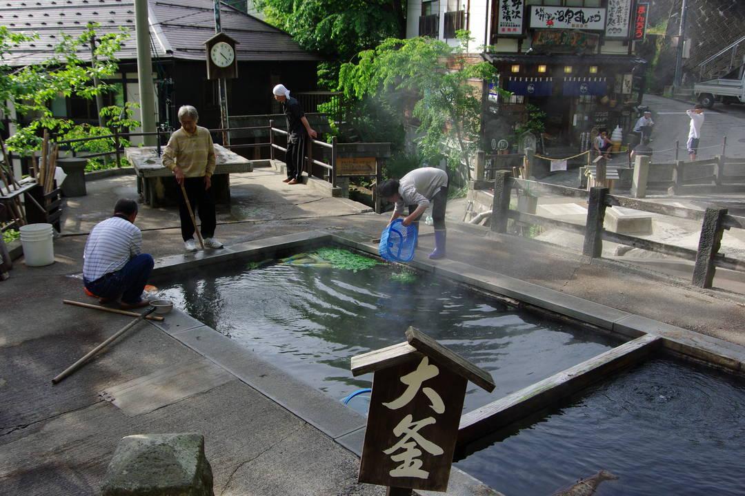 地元民が使う野沢温泉の台所【麻釜】