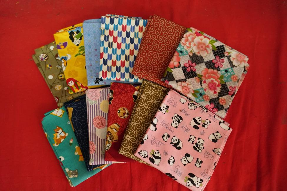 "Convenient ""small furosaki"", with a variety of patterns, which can be used as a handkerchief as well"