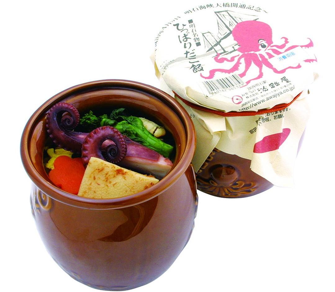 6. 裝在壺裡的人氣便當【Hipparidako Meshi(章魚飯)】1080日元