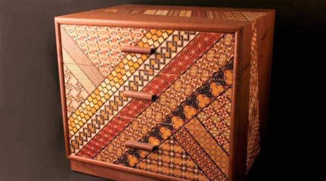 色とりどりの幾何学模様で魅せる、箱根「寄木細工」