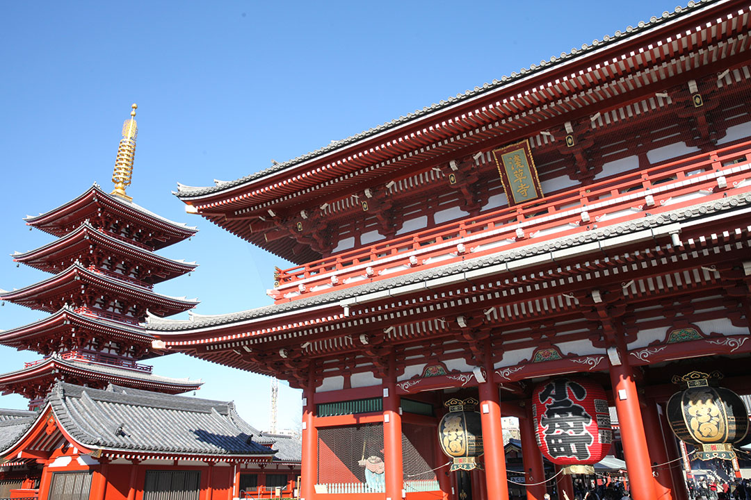 You can also enjoy the unique old town atmosphere in Japan! Senso-ji Temple