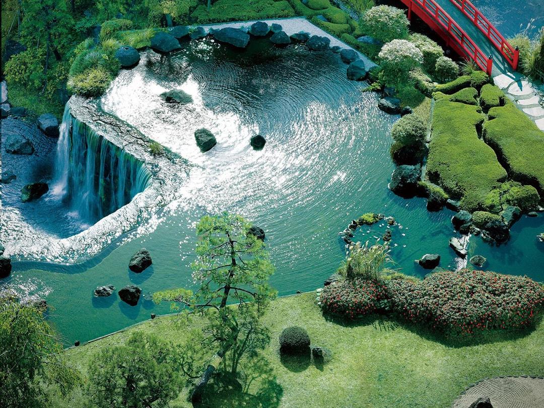 6m的大瀑布與枯山水傳達江戶風情 New Otani Inn酒店