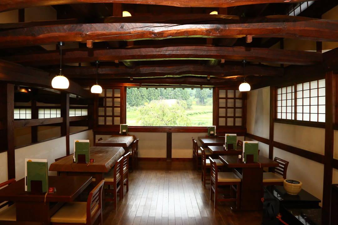 在茶馆还能享用传统的抹茶和甜品