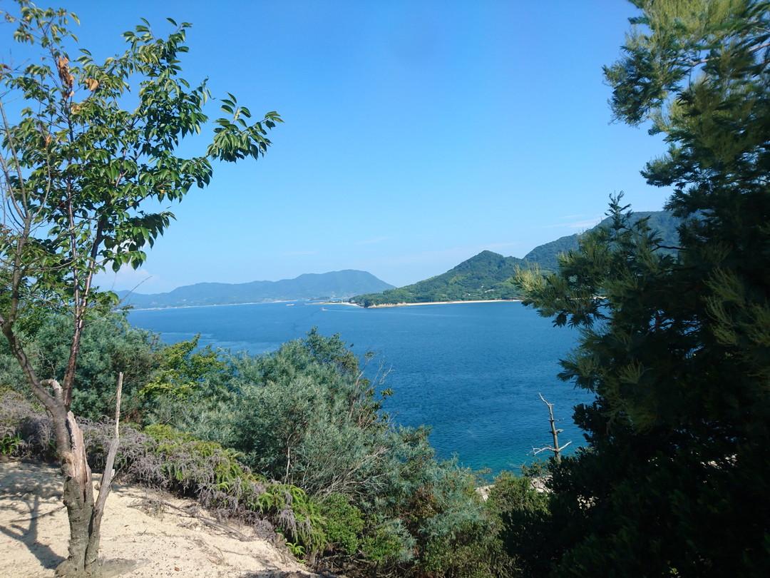 可以散步也可以騎自行車!充分享受安穩的島上風光