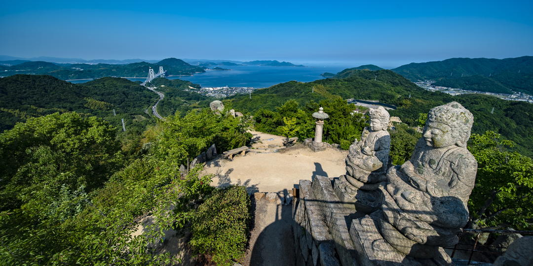 [VR image] Impressive large panorama overlooking the Seto Inland Sea ~Mt. Shiratakisan's observation deck~