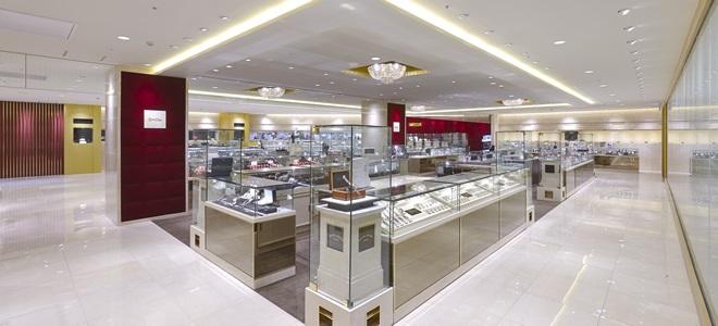 LAOX 新宿店