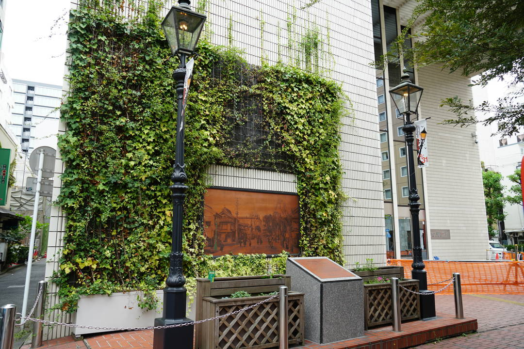 The first gas lamp in Japan
